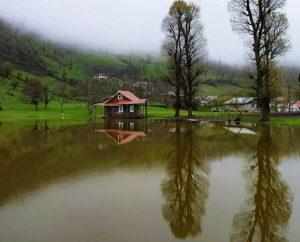روستای زیبای استخرگاه
