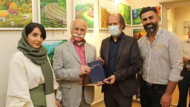 تصویر آیین گشایش نمایشگاه خانه ای روی بوم با حضور سیامک اشعریون